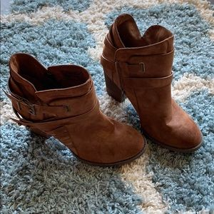 Shoes - Gently worn booties